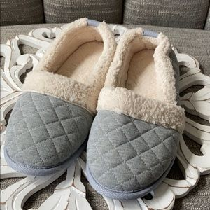 Shoes - Winter Slippers Women's 7 8